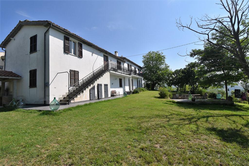 Casa indipendente in vendita a Comunanza (AP)