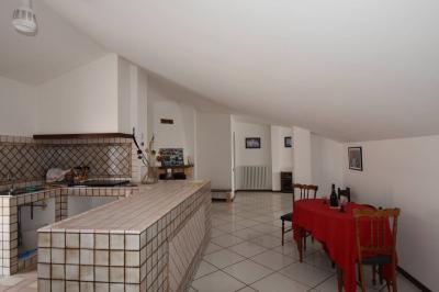 apartamento in Vendita a Monsampietro Morico