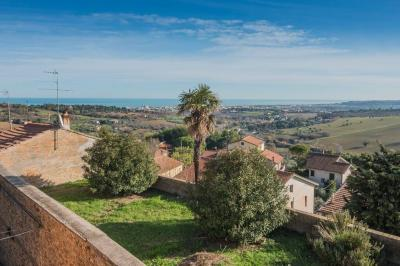 Single House for Sale to Civitanova Marche