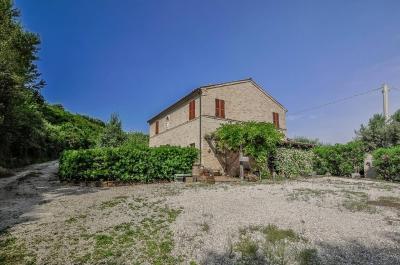 Casa colonica in Vendita a Altidona