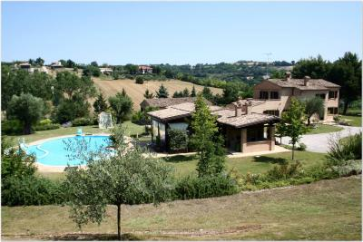 Villa for Sale to Civitanova Marche