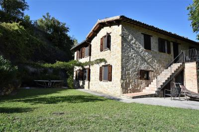 farmhouse to Buy in Venarotta