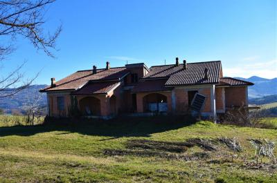 Villa to Buy in Amandola