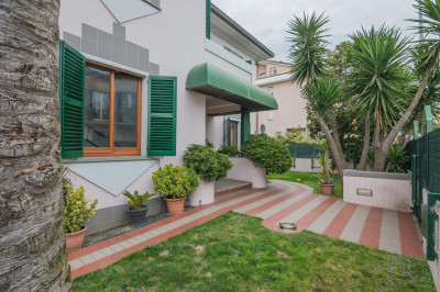 Semi-detached house for Sale to Civitanova Marche