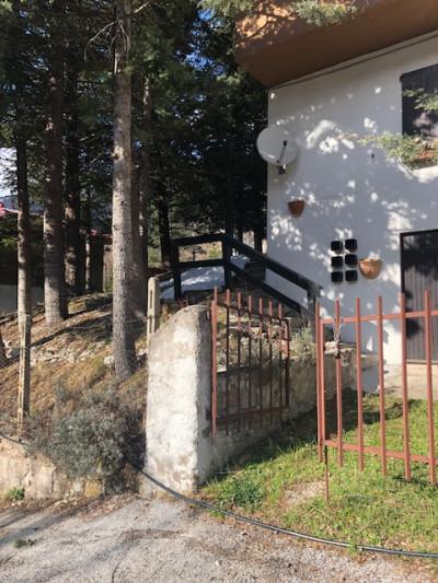 Villetta bifamiliare in Vendita a Bolognola