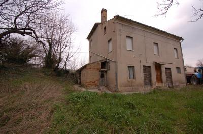 сельский дом на Продажа в Servigliano