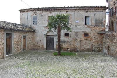 townhouse to Buy in Ortezzano
