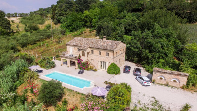 farmhouse to Buy in Corridonia