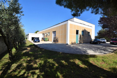 Shed to Buy in Fermo