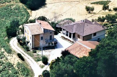 Villa in Vendita a Montegiorgio