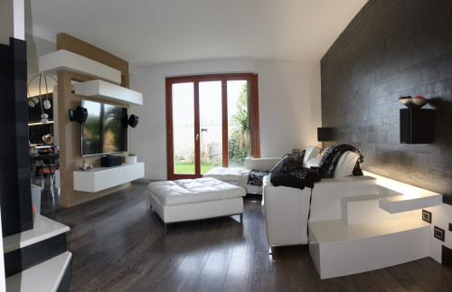 Casa cielo-terra in Vendita a Montecosaro