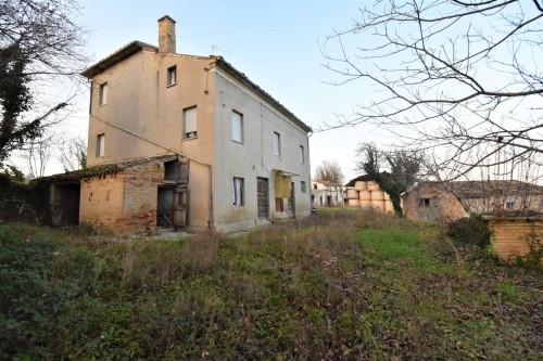 Casa colonica in Vendita a Servigliano
