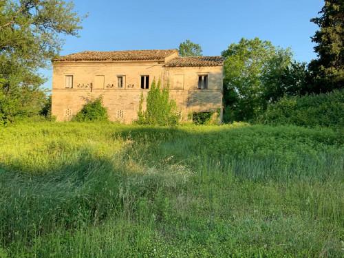 Casa colonica in Vendita a Morrovalle