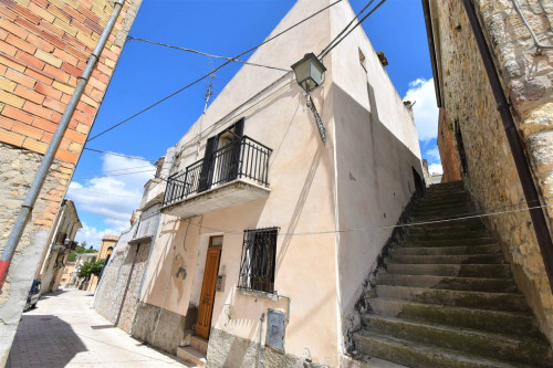 townhouse to Buy in Furci