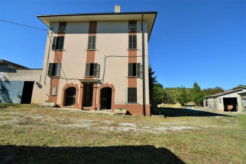 Casale in Vendita a Ortezzano