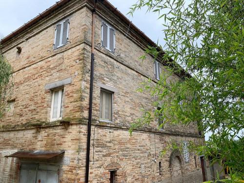 Appartamento in Vendita a Monte Vidon Corrado