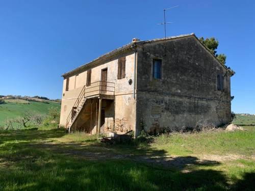 Casa colonica in Vendita a Recanati