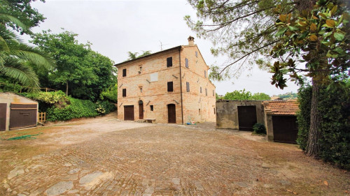 casa de fazenda in Vendita a Belmonte Piceno