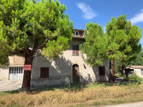Casa colonica in Vendita a Montegiorgio