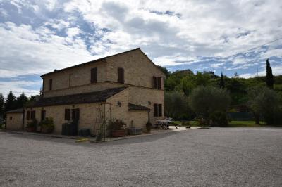 farmhouse to Buy in Porto Sant'Elpidio