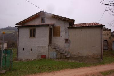 detached House to Buy in Monte San Martino