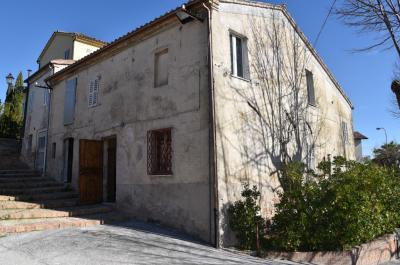 Casa in Vendita a Sant'Angelo in Pontano