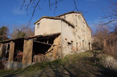 сельский дом на Продажа в Amandola