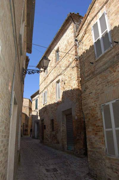 townhouse to Buy in Montedinove