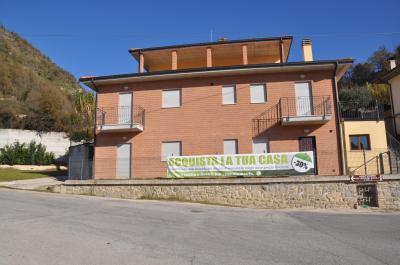 Appartamento in Vendita a Roccafluvione