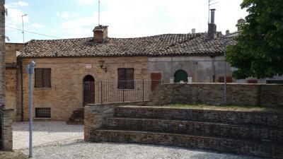 Casa cielo-terra in Vendita a Montalto delle Marche