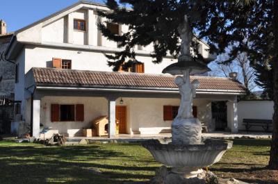 Casale in Vendita a Montedinove