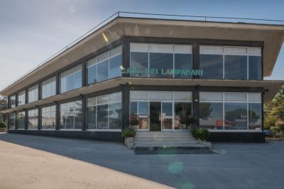 Locale commerciale in Vendita a Corridonia