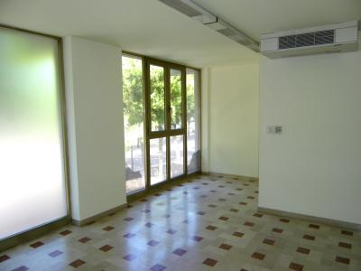 Commercial Property for Rent to Porto San Giorgio