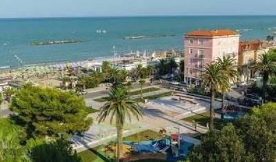 Attivita' in Vendita a Porto San Giorgio