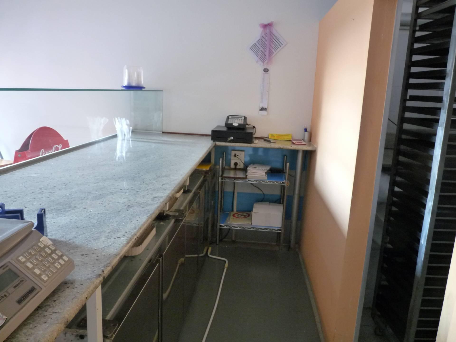 Ufficio / Studio in affitto a Verona, 9999 locali, zona Località: Navigatori, prezzo € 500 | CambioCasa.it