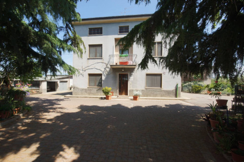 Casa singola in Vendita a Verona