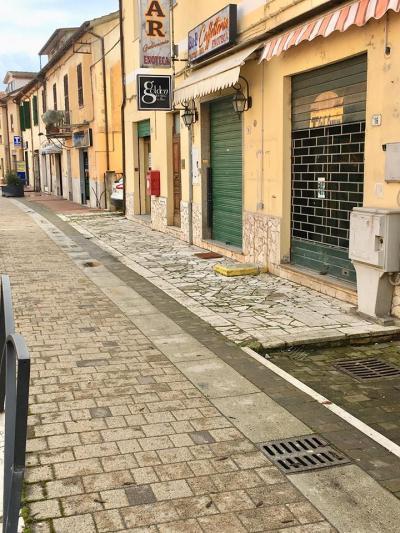 Locale commerciale in Affitto/Vendita a Fara in Sabina