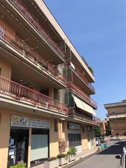 Appartamento in Affitto a Fara in Sabina