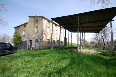 Rustico/Casale in Vendita a Rotella