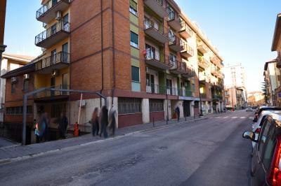 Box o garage in Vendita a Ascoli Piceno