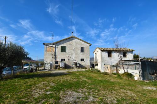 Rustico/Casale in Vendita a Castel di Lama