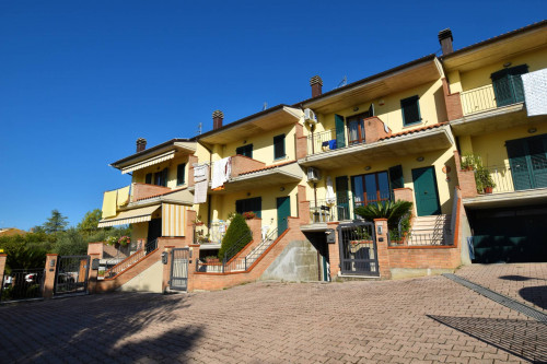 Villa a schiera in Vendita a Colli del Tronto