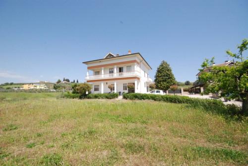 Casa Indipendente in Vendita a Massignano