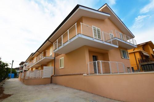 Villa a schiera in Vendita a Nereto