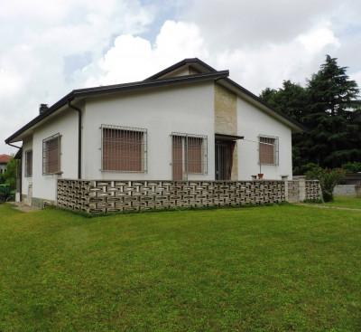 Villa in Vendita a Gessate