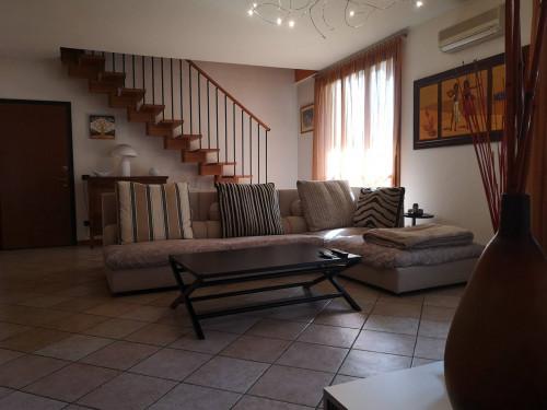 Appartamento in Vendita a Masate