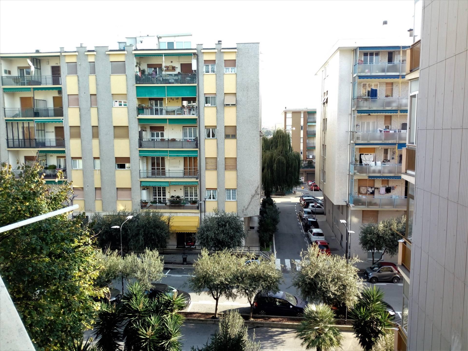 Appartamento in affitto a Albissola Marina, 2 locali, zona Località: Centro/mare, prezzo € 560 | PortaleAgenzieImmobiliari.it