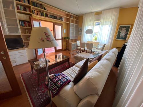 Villa in Vendita a Chiopris-Viscone