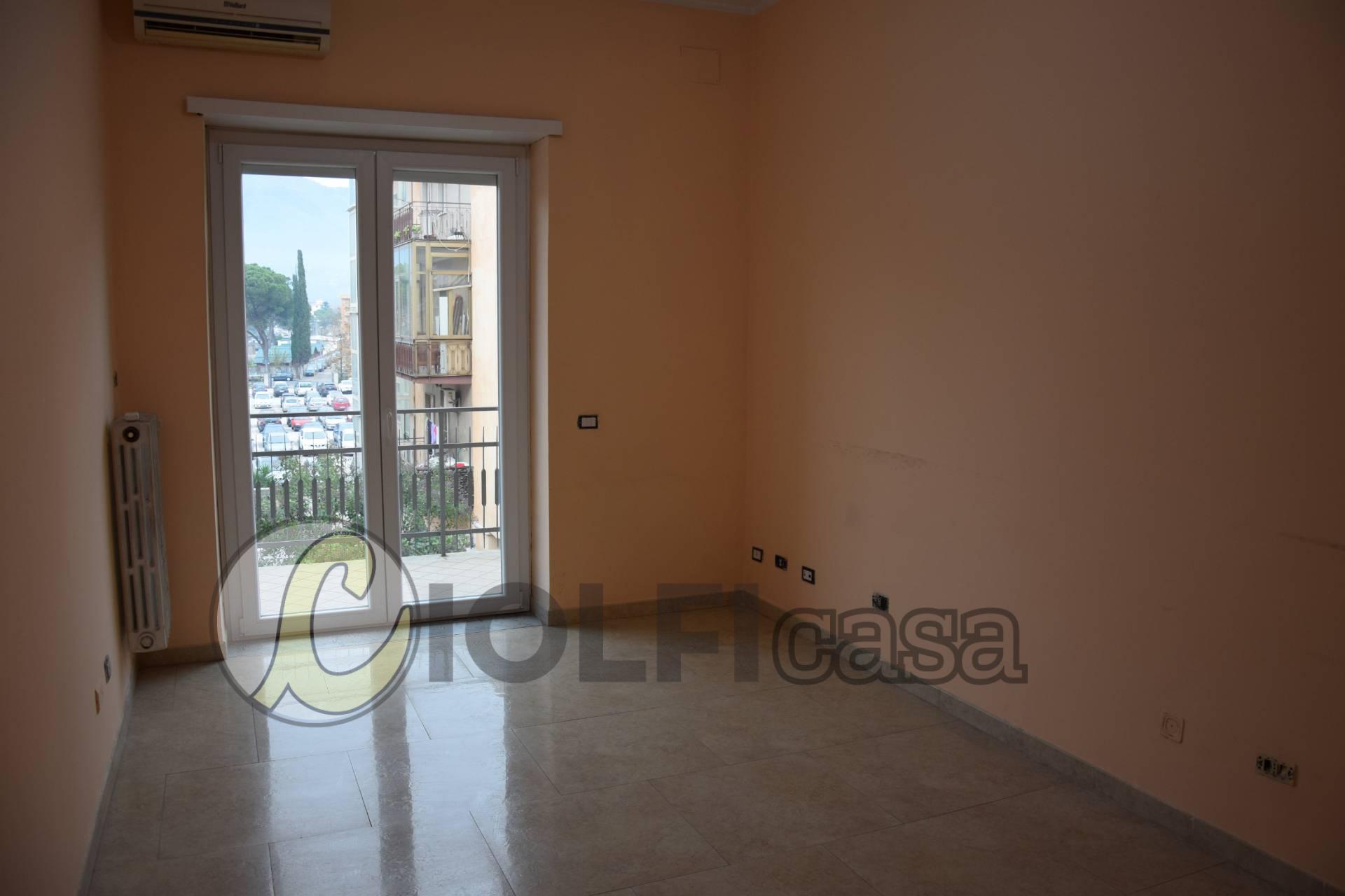 Ufficio / Studio in affitto a Cassino, 9999 locali, zona Località: S.Antonio, prezzo € 200 | CambioCasa.it