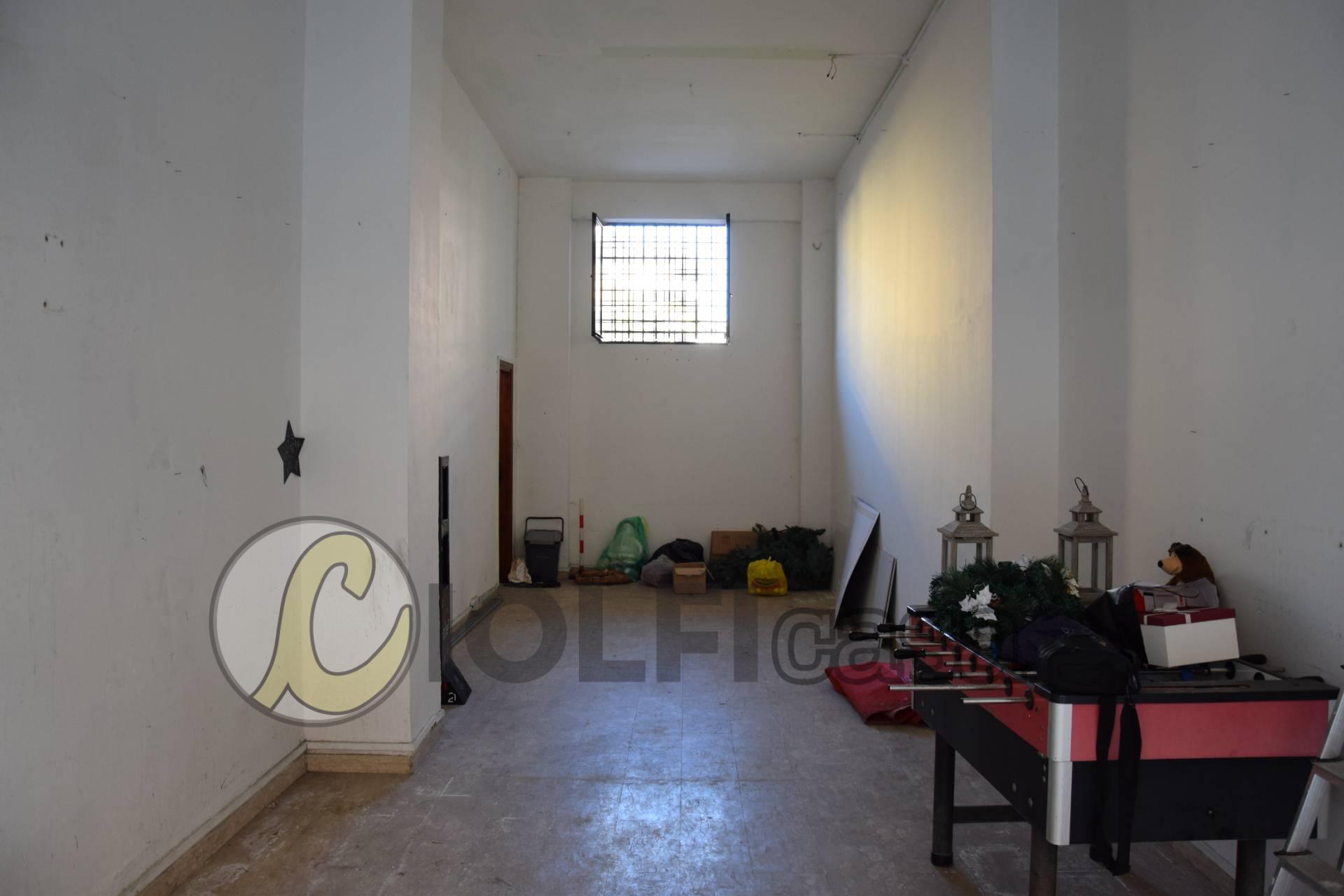 Negozio / Locale in affitto a Cassino, 9999 locali, zona Località: Pascoli, prezzo € 350 | CambioCasa.it